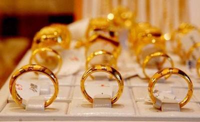 Giá vàng hôm nay 20/4: Vàng trong nước giữ giá, vàng thế giới tăng nhẹ trở lại - anh 1