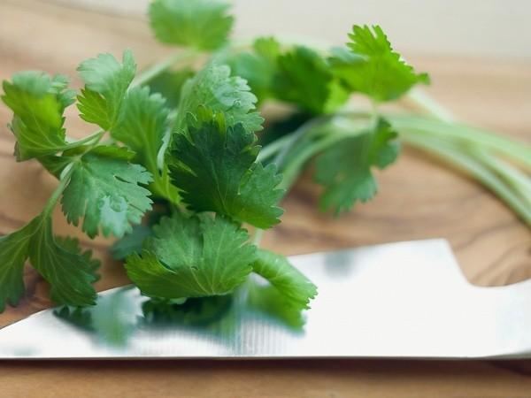 Top 3 loại rau thơm quen thuộc gây yếu sinh lý phái mạnh cần tránh xa - anh 2