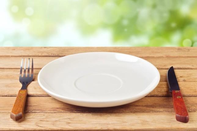Sự thật về chuyện nhịn ăn để thanh lọc cơ thể, giảm cân - anh 1