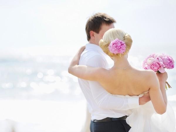 Những lý do nam giới nên từ bỏ cuộc sống độc thân - anh 1
