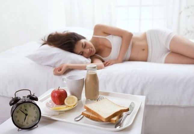 Những thói quen tai hại khi ăn sáng cần bỏ ngay lập tức - anh 2