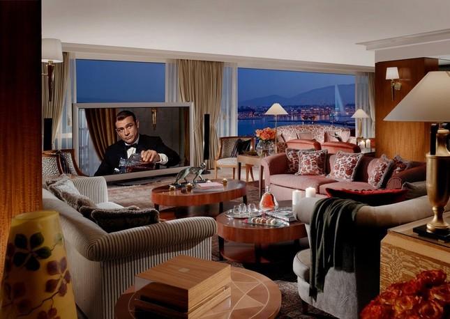 Bên trong phòng khách sạn có giá gần 2 tỷ đồng/ đêm - anh 6
