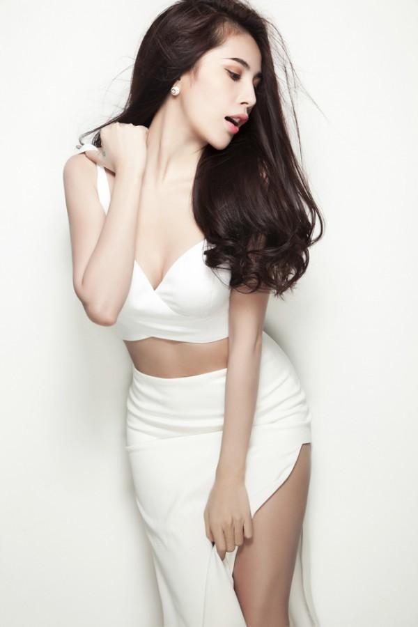 5 nữ ca sĩ có thân hình 'bỏng' nhất Việt Nam - anh 1