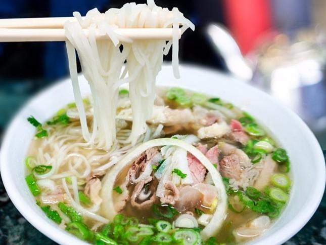 Phở Việt vào top những món ăn ai cũng nên thử một lần trong đời - anh 1