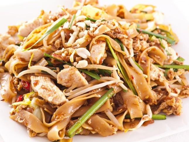 Phở Việt vào top những món ăn ai cũng nên thử một lần trong đời - anh 7