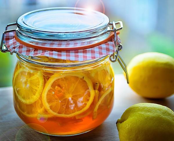 VÌ sao bạn nên uống nước chanh mật ong hàng ngày - anh 1