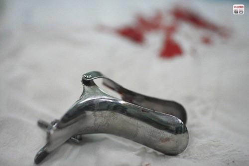 Lạnh người theo chân một cô gái trẻ đi phá thai - anh 12