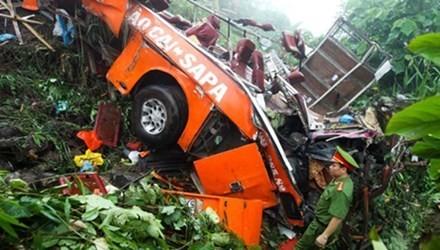 Vụ tai nạn kinh hoàng ở Sapa: Chuyển lái xe gặp nạn ở Lào Cai về Hà Nội - anh 2