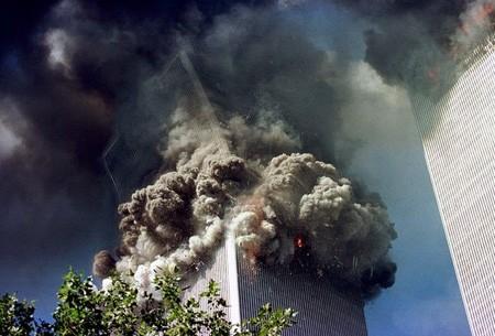 Người đàn ông bí ẩn trong bức ảnh nổi tiếng vụ 11/9 - anh 3
