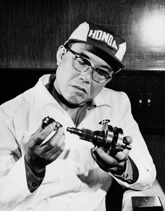 Cuộc đời đáng ngưỡng mộ của ông chủ đế chế Honda - anh 1