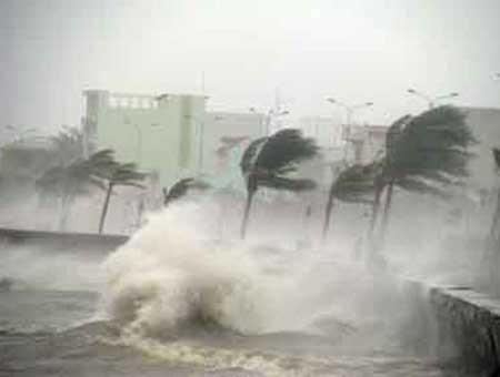 Tin bão số 3: Đổ bộ vào Quảng Ninh, Hải Phòng 19h tối nay - anh 1