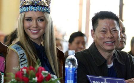 Doanh nhân Hoàng Kiều: Tỷ phú thế giới muộn màng tuổi 70 - anh 2