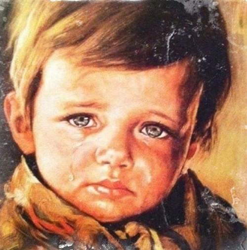 """Ám ảnh lời nguyền chết chóc của bức tranh """"Cậu bé khóc"""" - anh 3"""