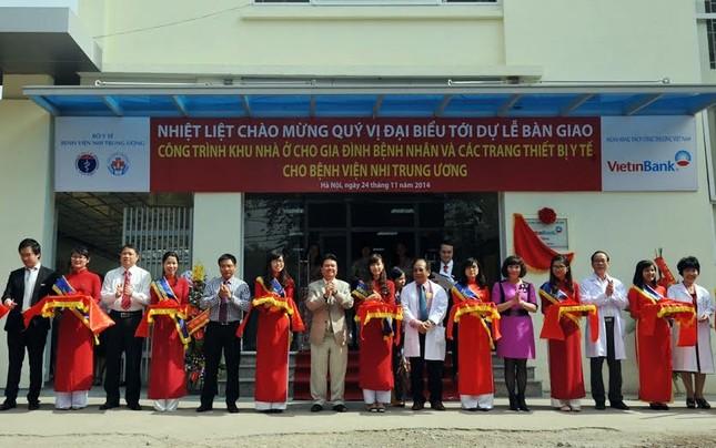 VietinBank trao tặng nhà ở và trang thiết bị y tế cho Bệnh viện Nhi Trung ương - anh 1