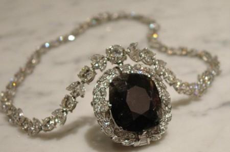 Lời nguyền chết chóc từ những viên kim cương - anh 3