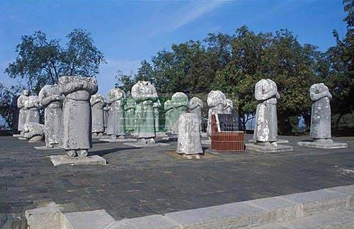 Những bí ẩn kinh ngạc trong lăng mộ Võ Tắc Thiên - anh 3