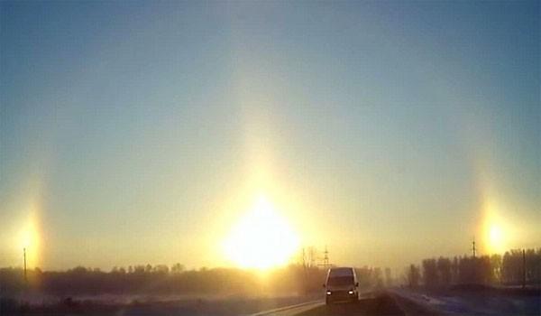 Video: Ngỡ ngàng 3 mặt trời cùng mọc ở Nga - anh 1