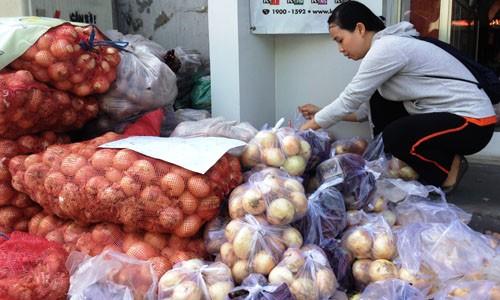 Điểm lại những nông sản khiến nông dân điêu đứng trong 3 tháng qua - anh 2
