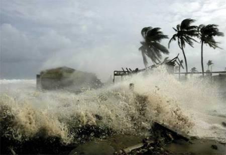Bão số 4: 11.000 người Philippines chạy bão Noul dự kiến đổ bộ trong 24h tới - anh 1