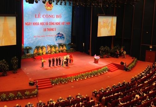 Những sự kiện gì sắp diễn ra nhân Ngày KH&CN Việt Nam 18/5/2015 - anh 1