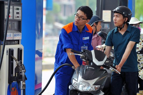 Giá xăng dầu có thể giảm trong vài ngày tới - anh 1