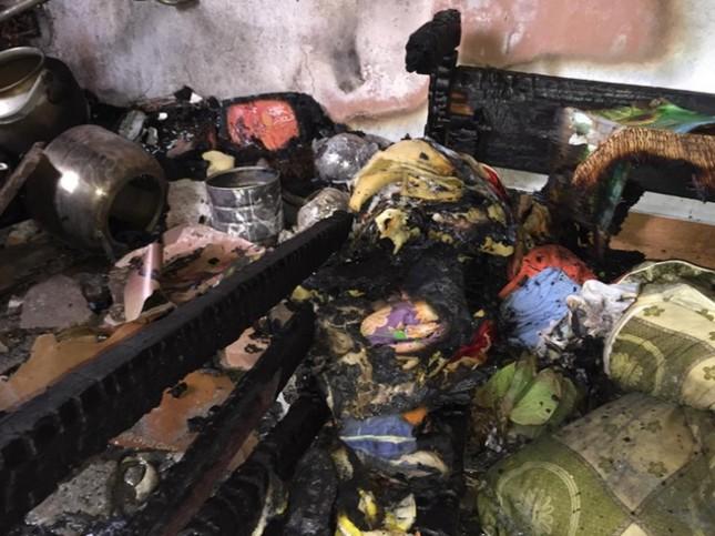 Hỏa hoạn tại chung cư Nam Trung Yên, hàng trăm người dân tháo chạy - anh 2