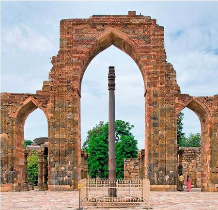 Bí mật của cột sắt nghìn năm không gỉ ở Ấn Độ - anh 1