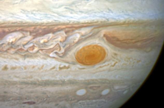 10 bí ẩn trong hệ Mặt Trời mà các nhà khoa học vẫn chưa thế lý giải (1) - anh 4