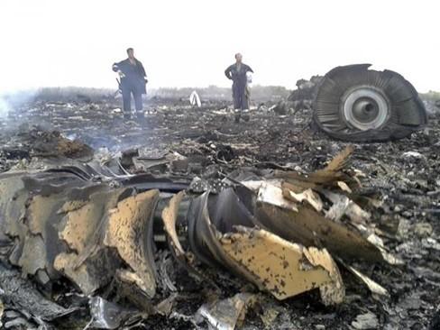Rùng mình với những lời tiên đoán về tai nạn máy bay rơi - anh 2