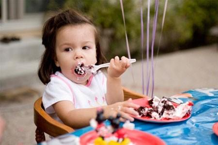 4 kỹ năng cần thiết trước khi bé đi nhà trẻ - anh 1