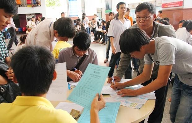 Hồ sơ nhập học tân sinh viên cần chuẩn bị gì? - anh 1