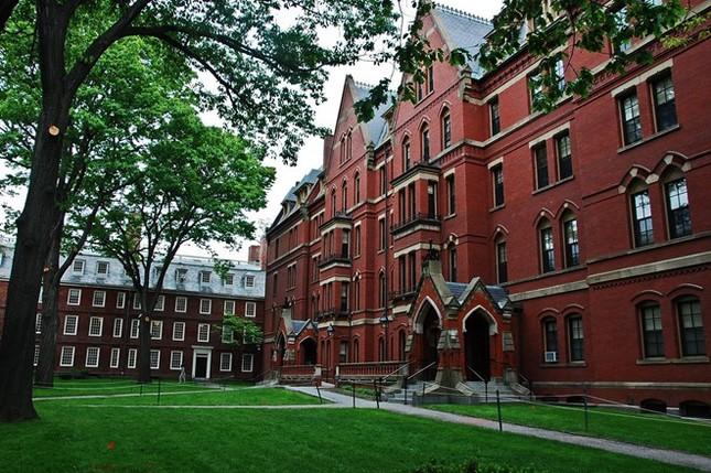 10 trường đại học dẫn đầu thế giới về số cựu sinh viên là người siêu giàu - anh 1