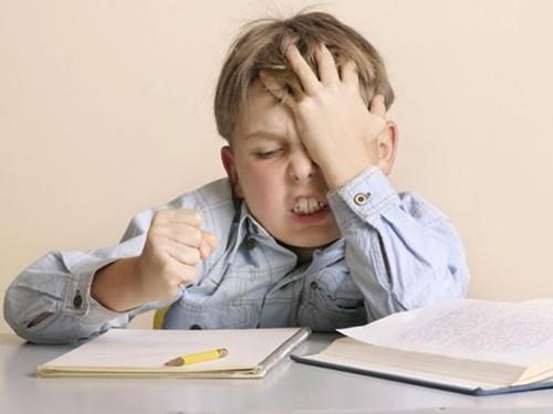 Tuyệt chiêu giúp trẻ giảm căng thẳng khi tới trường - anh 1