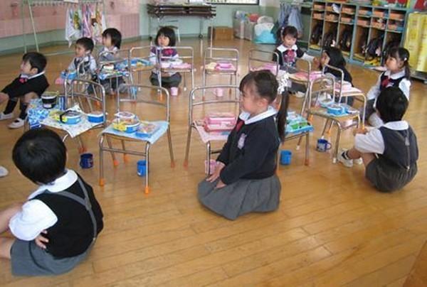 Khâm phục bài học từ bữa ăn trưa của trẻ mầm non ở Nhật - anh 2