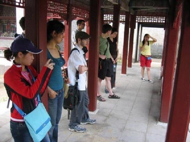 Khám phá 'Học viện mỹ nhân' nổi tiếng ở Trung Quốc - anh 4