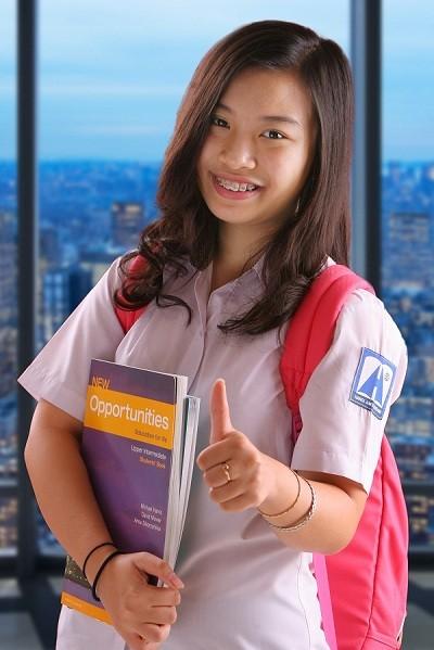 Bí quyết học ngoại ngữ của quán quân Olympic tiếng Anh THCS - anh 1