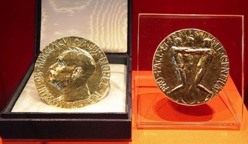 Giá trị của những tấm huy chương Nobel Hòa bình - anh 1