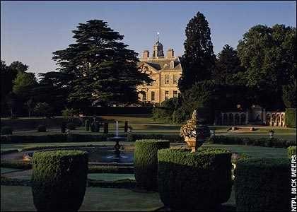 Những ngôi nhà ma ám nổi tiếng nhất nước Anh - anh 11