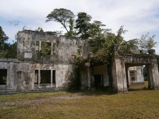 """Một vòng quanh 11 địa điểm """"ma ám"""" ở Malaysia - anh 8"""
