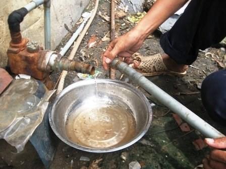 """Dân Thủ đô đang bị """"đầu độc"""" hàng ngày vì nước nhiễm thạch tín - anh 1"""