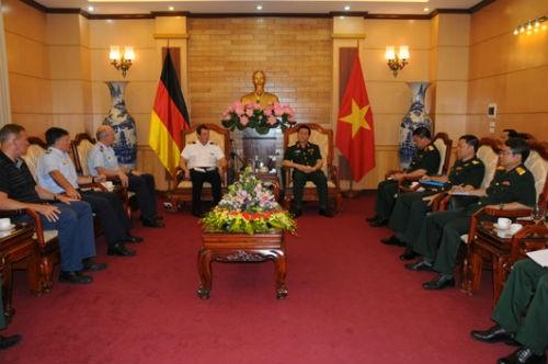 Quan hệ Việt Nam - Liên Bang Đức: Hứa hẹn năm 2015 đầy sôi động - anh 3