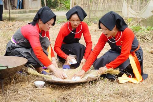 """Độc đáo nghi thức """"Múa tắc xình"""" của người Sán Chay - anh 5"""