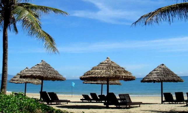 Cửa Đại lọt Top 25 bãi biển hàng đầu châu Á - anh 2