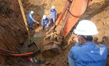 Đường ống nước sông Đà vỡ 10 lần: Bắt 2 lãnh đạo liên quan - anh 1