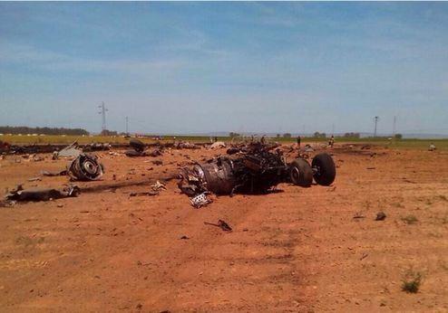 Tây Ban Nha: Máy bay lao vào dây điện cao thế, 4 người chết - anh 1