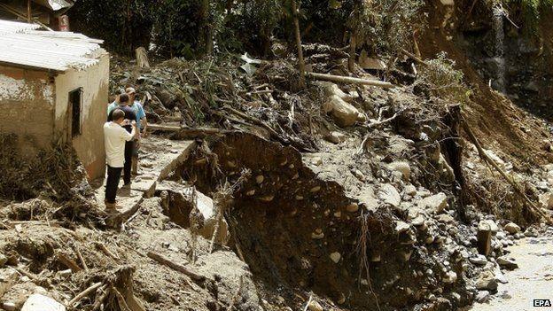 Thảm họa lở đất tại Colombia: Bé 11 tháng tuổi sống sót kỳ diệu - anh 1