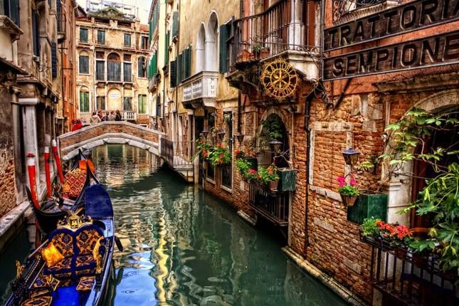 Venice: Thành phố nổi độc nhất trên thế giới đang chìm? - anh 3