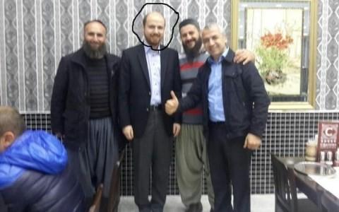 Con trai Tổng thống Thổ Nhĩ Kỳ bị nghi dùng bữa với thủ lĩnh IS - anh 1