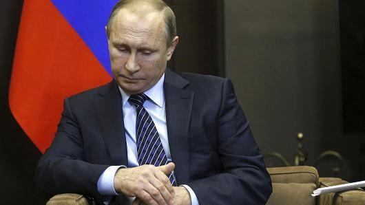 Putin cấm vận kinh tế Thổ Nhĩ Kỳ sau vụ máy bay Nga bị bắn rơi - anh 1