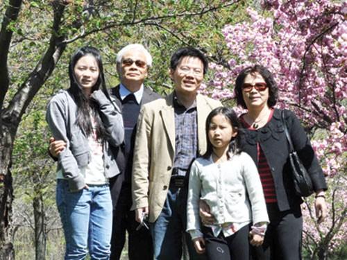 GS Ngô Bảo Châu từng thi trượt chuyên toán - anh 1